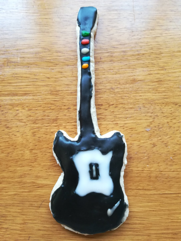 Lemon & Cinnamon Guitar Biscuit