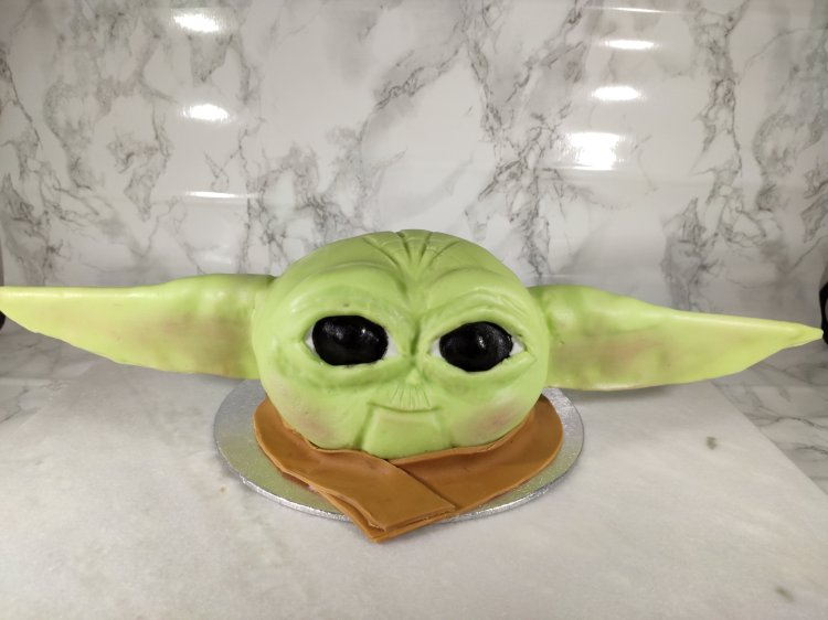 Baby Yoda Cake with scarf